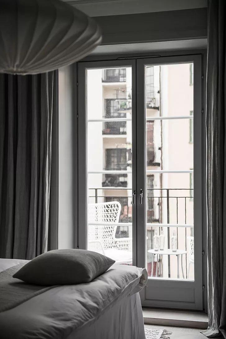 111㎡灰色系公寓装修,塑造优雅设计感