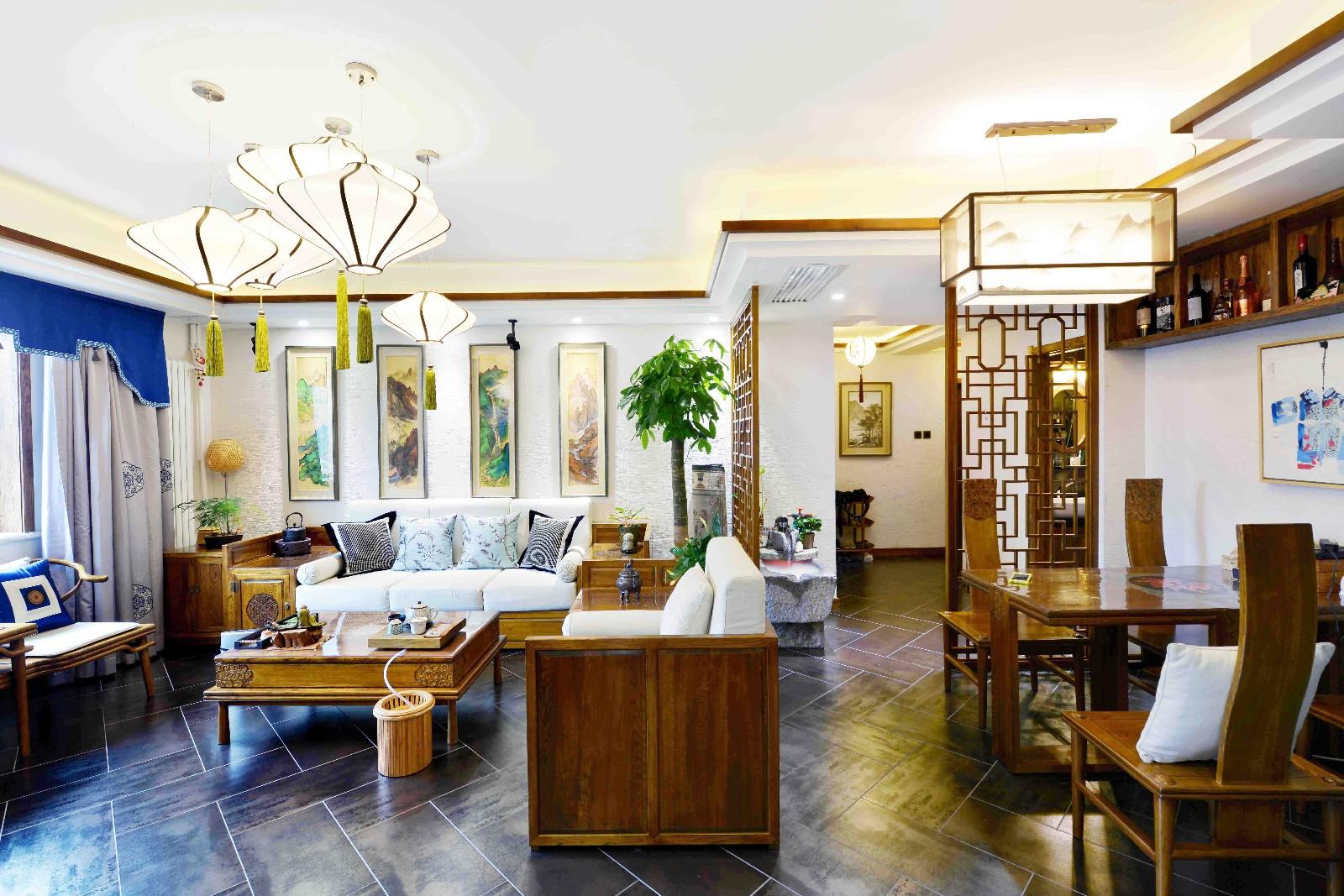 中式客厅隔断实景图