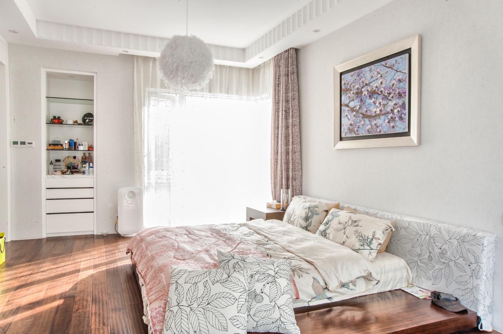 简约卧室吊顶实景图