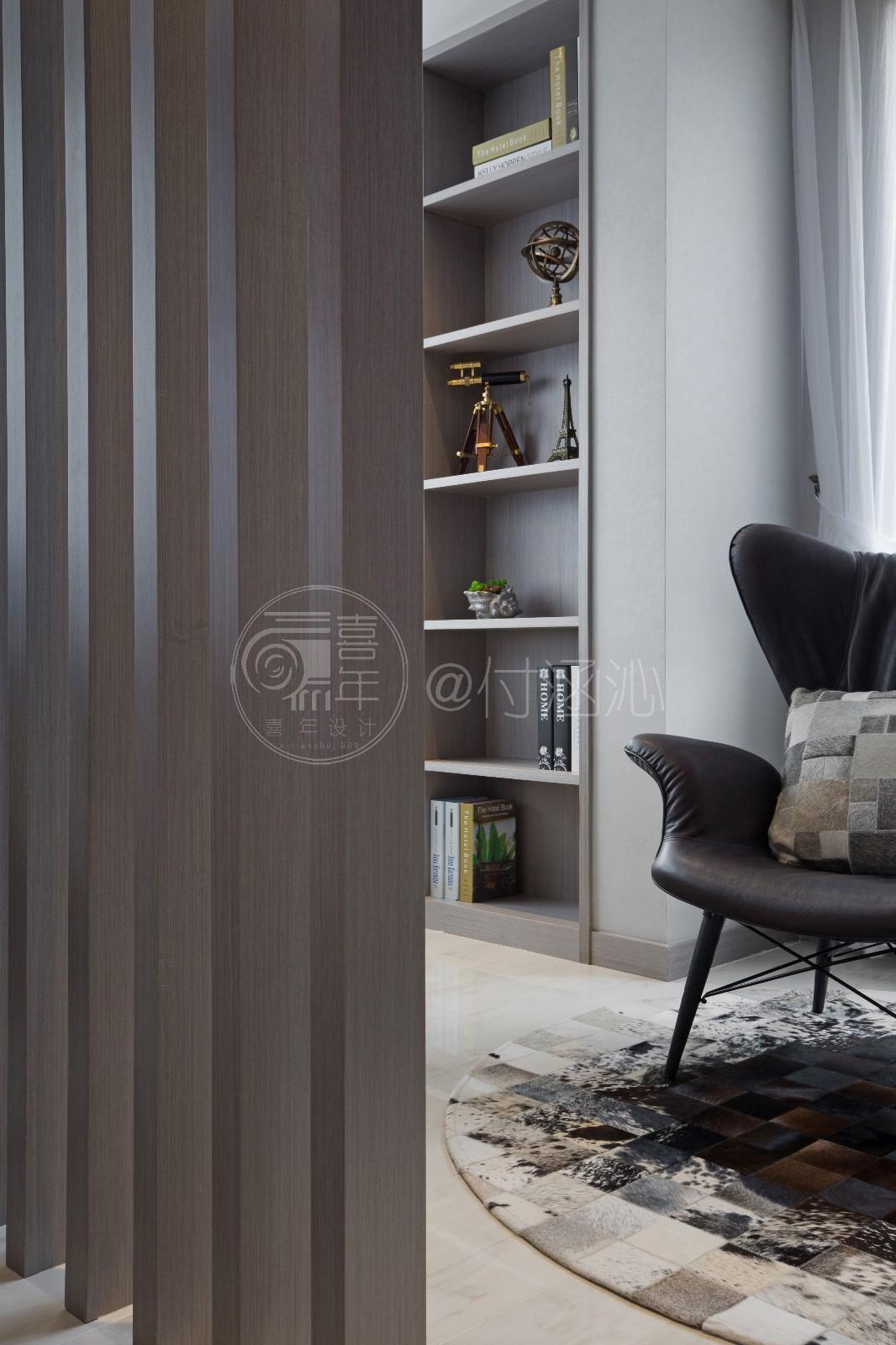 现代客厅隔断实景图