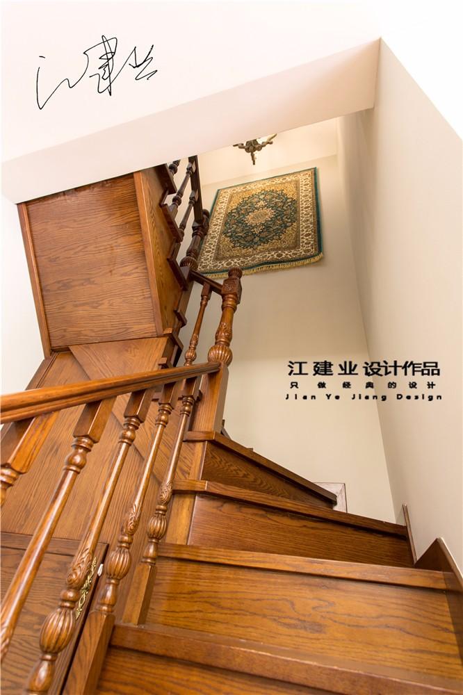 美式其它楼梯实景图