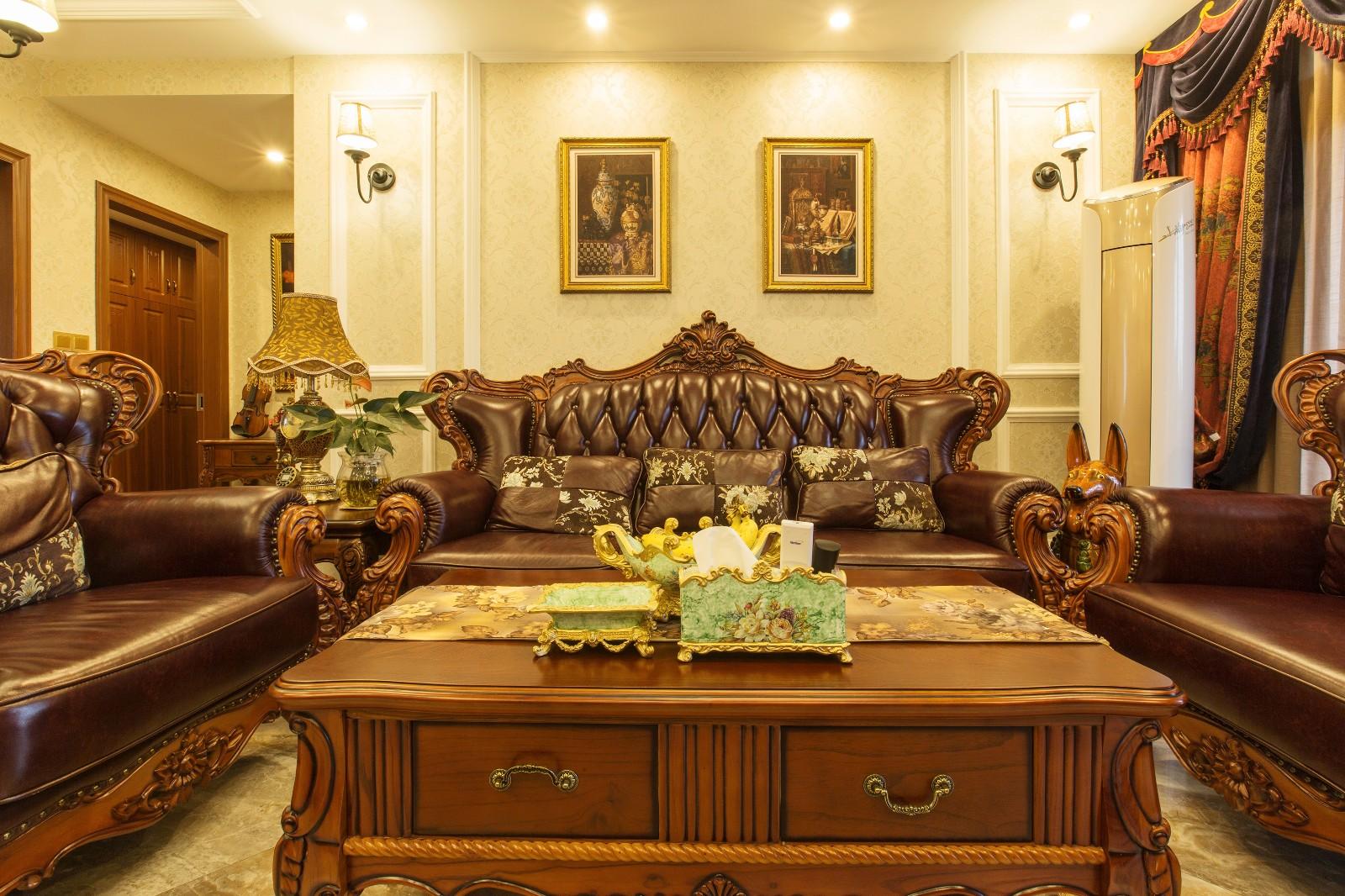 新古典客厅沙发背景墙实景图