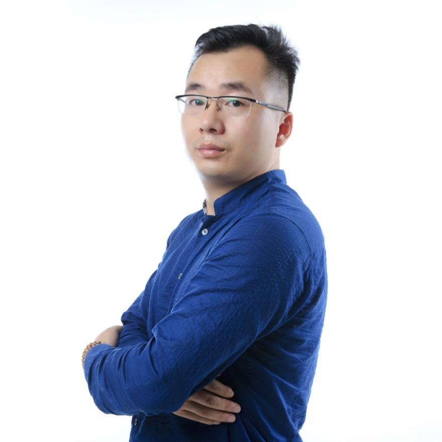 李葵设计师