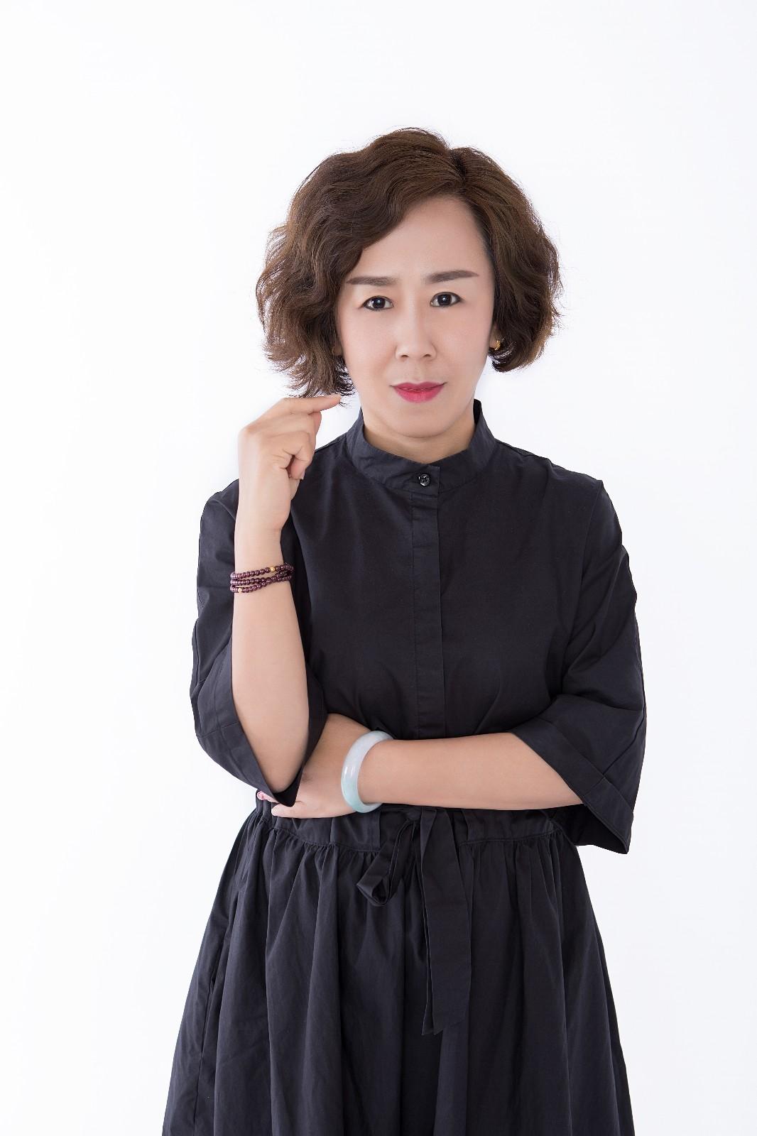 邰路香设计师