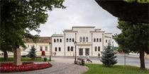 布拉日文化宫的修复,唤醒那段沉痛的历史