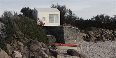 法国诺曼底海边的小渔屋 12平米打造舒适体验